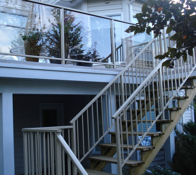 Glass Aluminum Railing With Wooden Stairs And Aluminum Gate | Mountain View Sun Decks