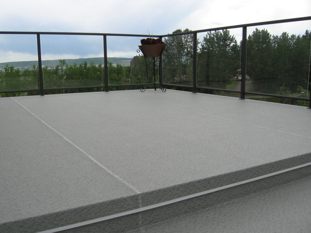 Large Extior Sun Deck With Glass Railings | Mountain View Sun Decks