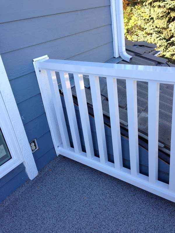 Vinyl Floor White Railing | Mountain View Sun Decks