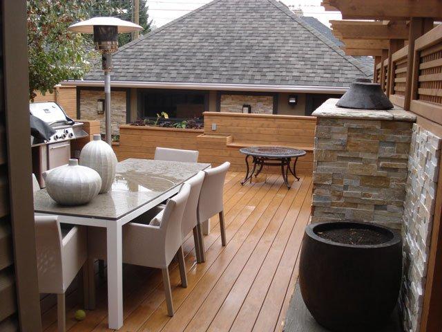 Custom Decks Calgary - Mountain View Sun Decks