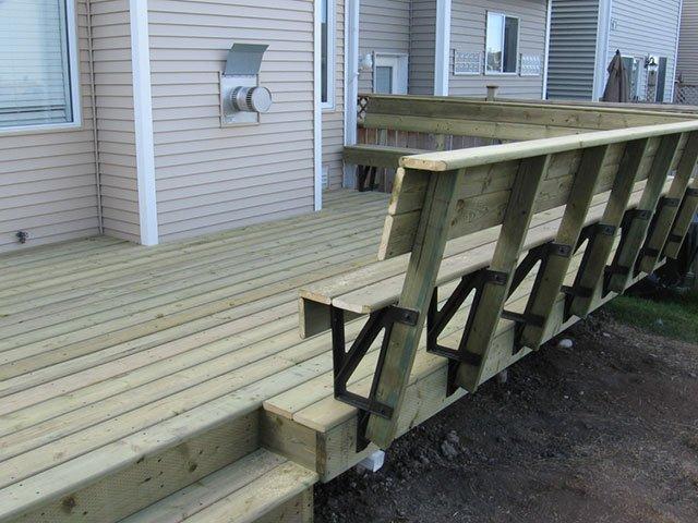 Deck Wooden Bench Railing   Mountain View Sun Decks