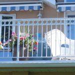Custom Top Railings | Mountain View Sun Decks