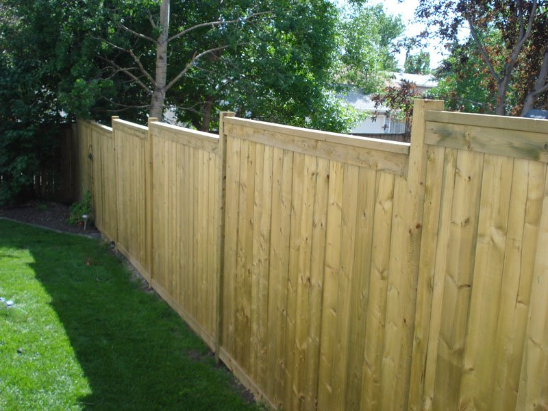 Wooden Fence | Mountain View Sun Decks