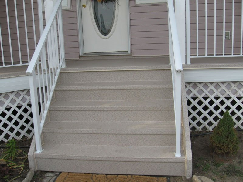 Beide Vinyl Stairs With Picket Railings | Mountain View Sun Decks