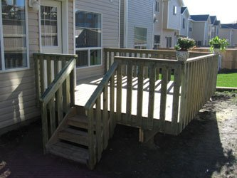 Backyard Wooden Sun Deck | Mountain View Sun Decks