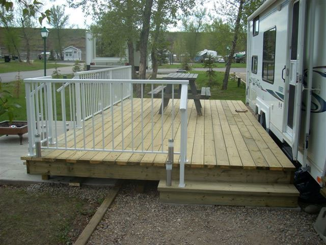 Wooden Deck With Picket White Aluminum Railing | Mountain View Sun Decks