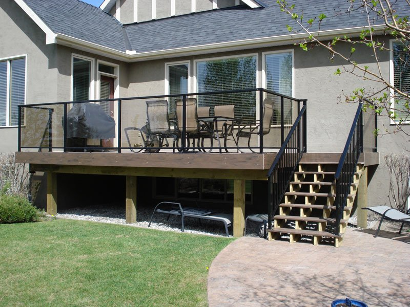 Wooden Sun Deck With Picket Railing And Glass Railing | Mountain View Sun Decks