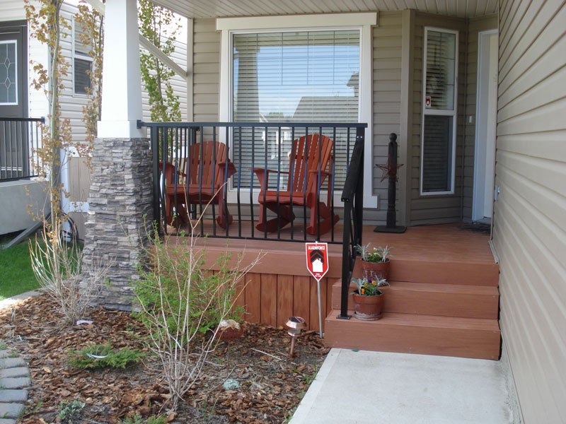 Black Picket Railing With Vinyl Style Wooden Stairs | Mountain View Sun Decks