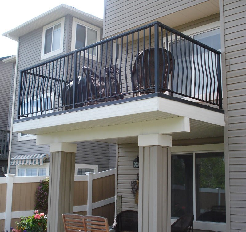 Second Floor Sun Deck With Custom Black Aluminum Railing | Mountain View Sun Decks