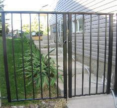 Custom Black Aluminum Gate | Mountain View Sun Decks