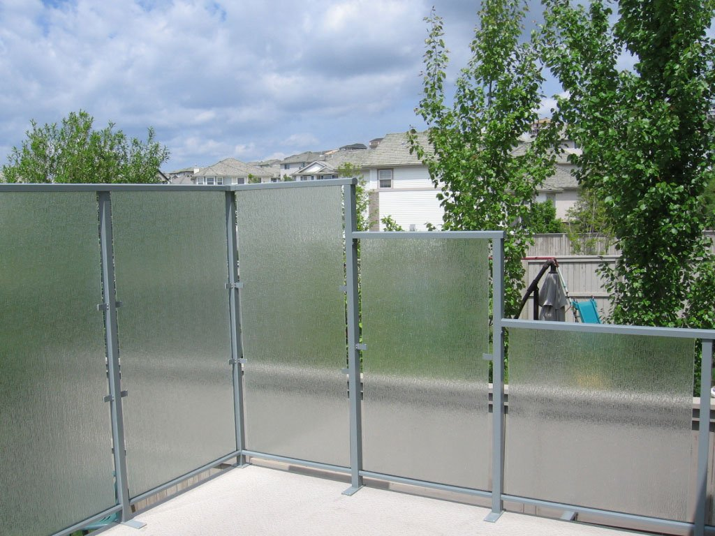 Multi Level Privacy Wall | Mountain View Sun Decks