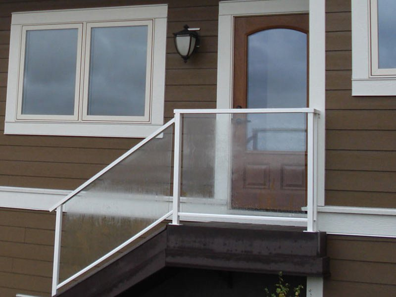 Glass Stair Railing | Mountain View Sun Decks
