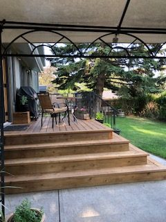 Custom Deck, Railings, & Stairs | Mountain View Sun Decks Ltd. | Calgary, Alberta